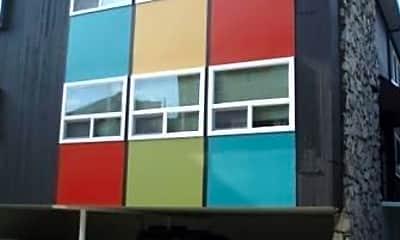 Building, 515 Bellevue Ave E, 1