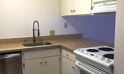 Kitchen, 2221 Village Ct, 1