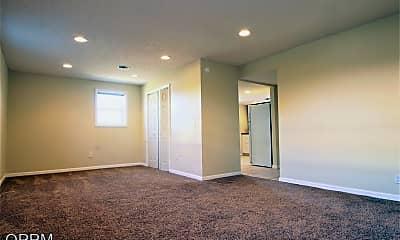 Living Room, 806 N 46th St, 2