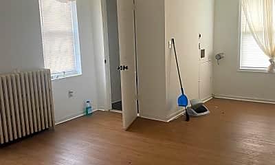 Living Room, 2421 E Somerset St, 1