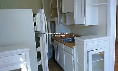 Kitchen, 607 S Dunsmuir Ave, 2