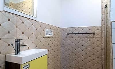 Bathroom, 156 W 15th St, 2