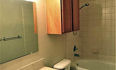 Bathroom, 11234 Queen Anne, 2