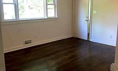 Living Room, 3233 W Grace St, 2