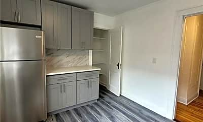 Kitchen, 30 Vernon Ave, 1