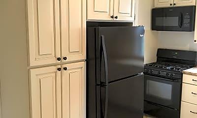 Kitchen, 821 Highview St, 1