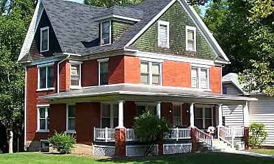 Building, 207 E Park Ave, 0