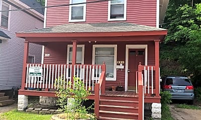 Building, 935 Bellevue Pl, 1