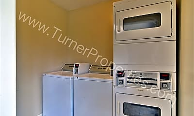 Kitchen, 1002 Old Manor Rd, 2