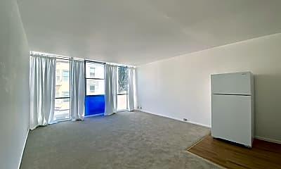 Living Room, 1563 Hyde St, 1