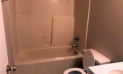 Bathroom, 706 Navajo Trail, 2