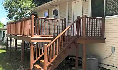Patio / Deck, 16818 Hobart Ave, 2