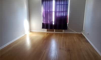 Living Room, 6400 Saunders St 4G, 2