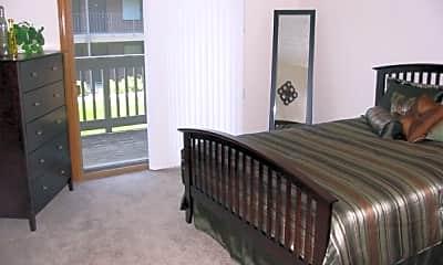 Bedroom, Woodland Pines, 2