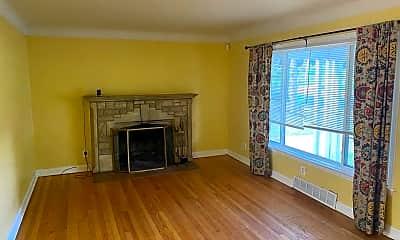Living Room, 1118 Ferguson Ave, 1