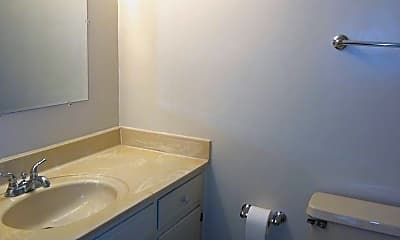 Bathroom, 300 Greene St, 2