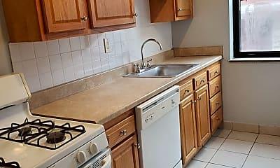 Kitchen, Royal Garden Apartments 6224 Fifth Avenue, 1