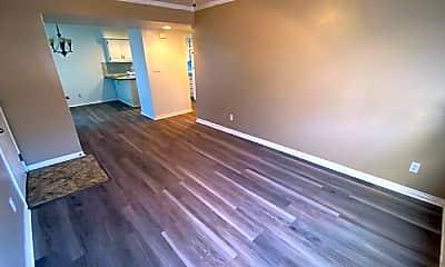 Living Room, 605 S 500 W, 2