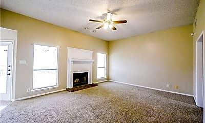 Living Room, 1813 Rally Ln, 1