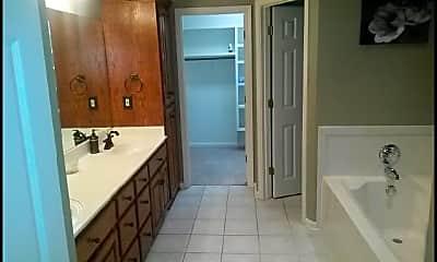 Kitchen, 20 Cherryhill Cove, 2