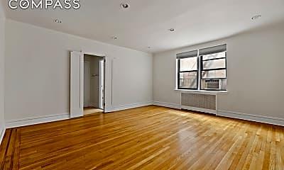 Living Room, 245 E 37th St 3-C, 2
