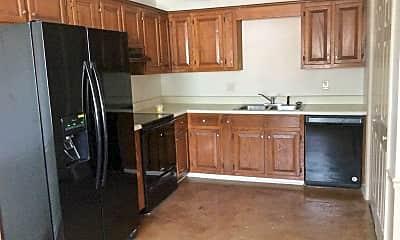 Kitchen, 822 Iredell Street, 1