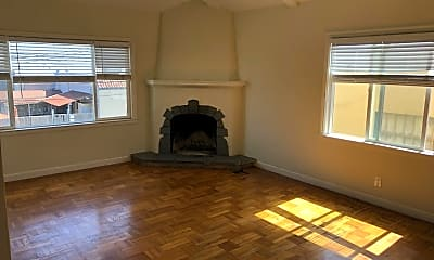 Living Room, 1616 Palm Ave, 1