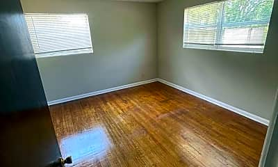 Living Room, 5452 Playa Way 2, 2