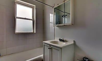 Bathroom, 10 S Mason Ave, 2