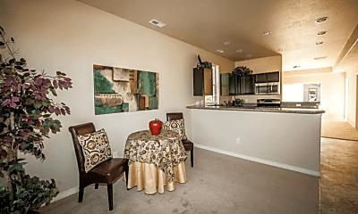 Living Room, 823 E Rio Grande St, 1