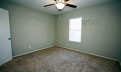 Bedroom, 2211 W North Loop Blvd, 2