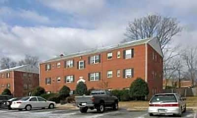 Building, Evergreen Terrace Apartments, 2