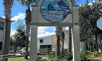 Marina Delay Apartments, 1