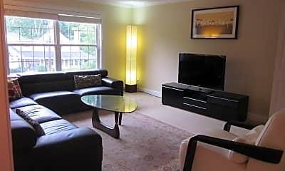 Living Room, 3670 Ashworth Dr, 1