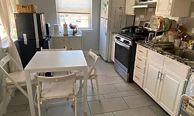 Kitchen, 3557 Primrose Rd, 1