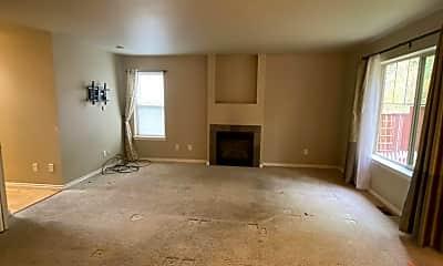 Living Room, 1800 Undine Ln, 2