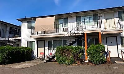 5113 N Lombard St, 2