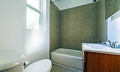Bathroom, 723 N Central Avenue, 2