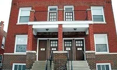 Building, 4562 Varrelmann Ave, 0