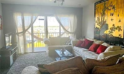 Living Room, 1101 Crystal Lake Dr, 1