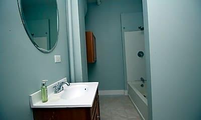 Bathroom, 15 N State St 2, 2