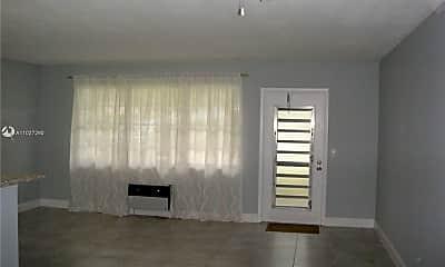 Living Room, 4 Ventnor Dr A, 1