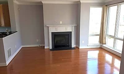 Living Room, 912 Valencia Ct 182, 1