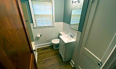 Bathroom, 410 S Mebane St, 2