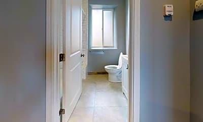 Bathroom, 35 Homestead Ave, 2
