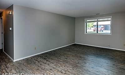 Living Room, 2301 W. 46th St, 1