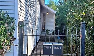 Building, 5525 Annunciation St, 1