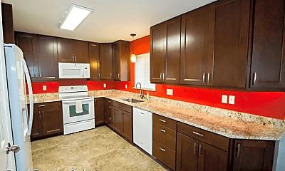 Kitchen, 7140 Clairmont Cir, 0