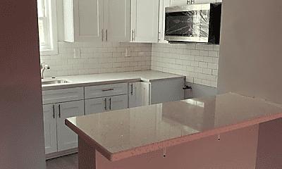 Kitchen, 218 Cliff St, 1