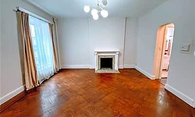Living Room, 5 E 94th St 3-B, 1